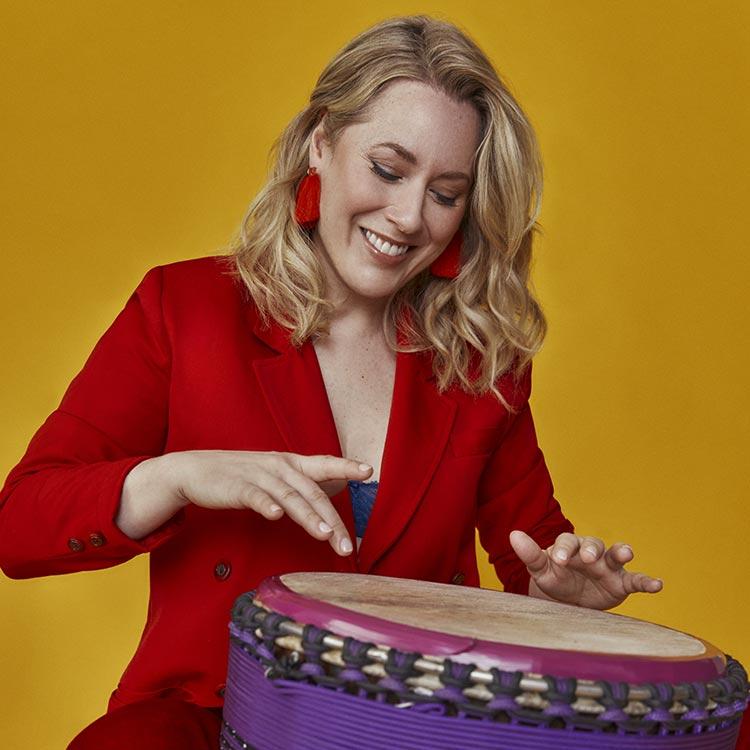 Mélissa Lavergne, animatrice, percussioniste